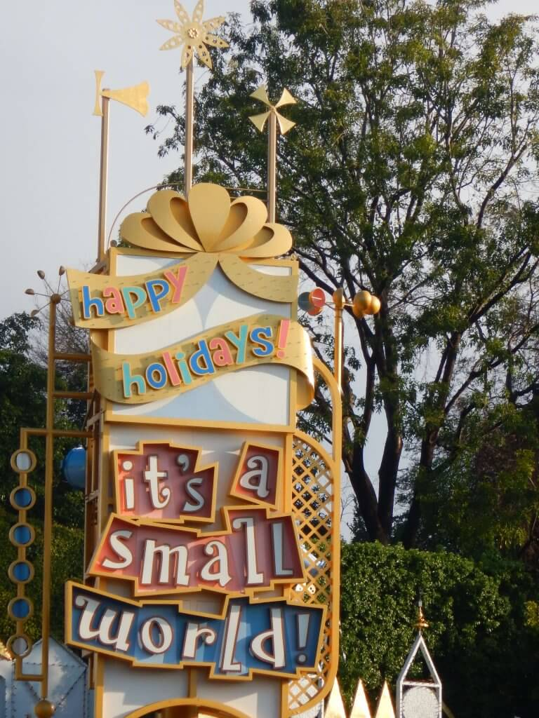 It's a Small World Holiday sign